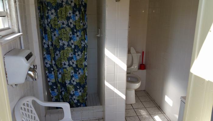 Clean Private Bath-houses